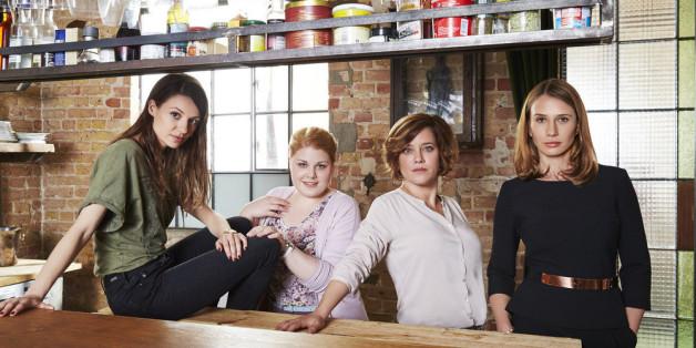 """Christina Petersen, Julia Hartmann, Nadeshda Brennicke und Muriel Baumeister (v.l.n.r.) sind die Hauptpersonen in  """"Frauenherzen"""""""