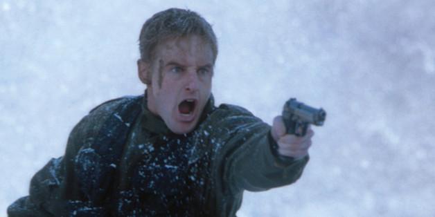 """2001 kämpfte Owen Wilson in """"Im Fadenkreuz - Allein gegen Alle"""" ums Überleben"""