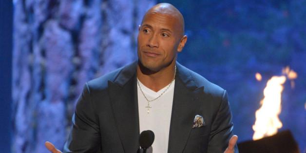 """So sah Daddy """"The Rock"""" bei einer Preisverleihung in Kalifornien aus"""