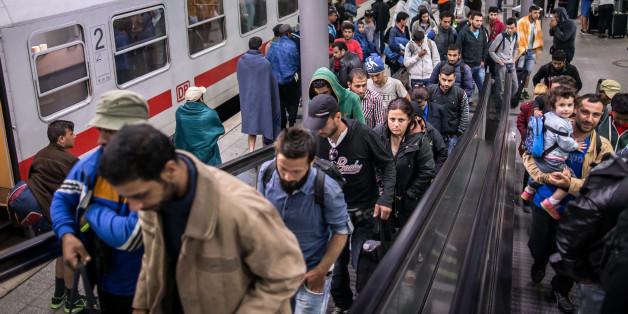 """Deutsche Bahn stellt Zugverkehr nach Salzburg """"auf unbestimmte Zeit"""" ein"""