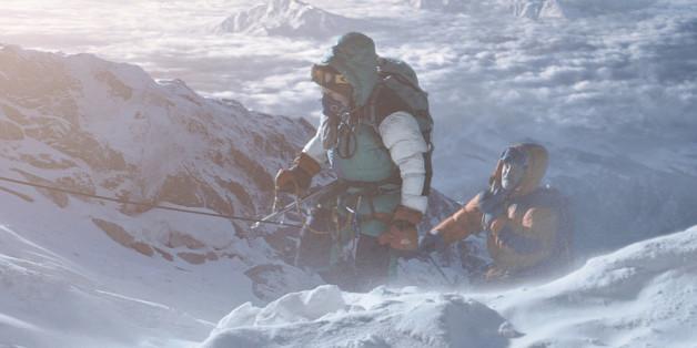 """""""Everest"""" handelt von der Tragödie, die sich 1996 am höchsten Berg der Welt ereignete. Der Film hat sich an den literarischen Vorlagen orientiert."""