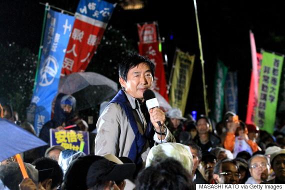 石田純一さんが国会前デモでスピーチ 「戦争は文化ではありません」【全文】