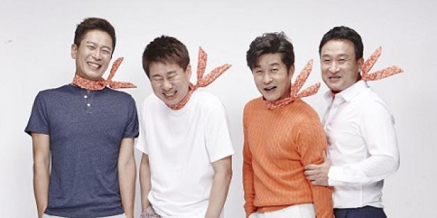 <39금 토크쇼-어쩌다 어른>에는 정신건강의학 전문의인 양재진(왼쪽부터), 개그맨 남희석, 배우 김상중, 개그맨 서경석이 출연한다. 어른의 삶을 이야기하는데, 다 남자다. <오티브이엔> 제공
