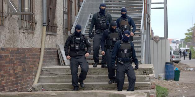 Ermittlungen gegen Islamisten in Berlin: 400 Polizisten stürmen Moschee