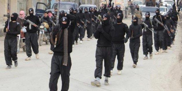 Daech exécute 10 personnes accusées d'être homosexuelles en Syrie