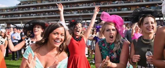 horse racing ladies