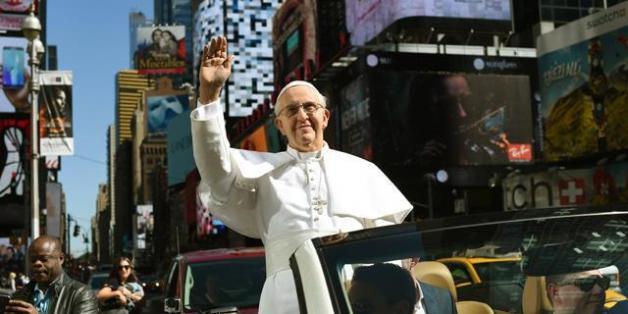 """Le pape François se solidarise avec """"les musulmans du monde"""" suite à la bousculade de Mina"""