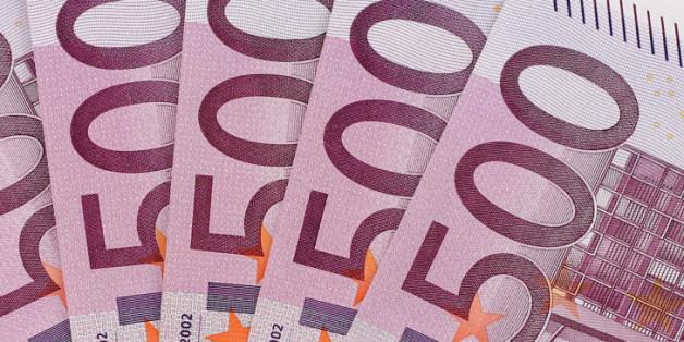 """Die Banken wollen dem """"Fünfhunderter"""" an den Kragen"""
