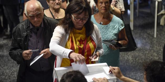 Elections en Catalogne: les indépendantistes remporteraient la majorité absolue