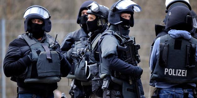 """""""In Flüchtlingsheimen entstehen knallharte kriminelle Strukturen"""""""
