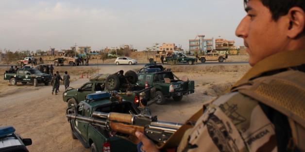 Regierungsoldaten bereiten sich auf ihre Gegenoffensive in Kundus vor