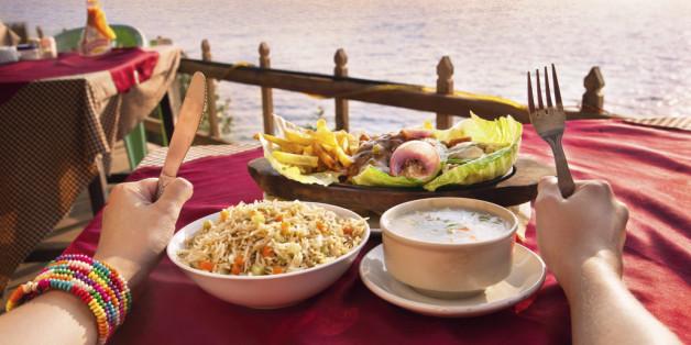 여행할 때 알아두면 좋은 전 세계 식사 예절 9