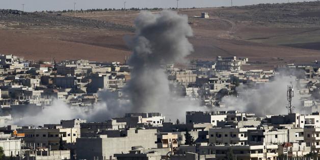 Putin greift militärisch in Syrien ein und bombardiert den IS.