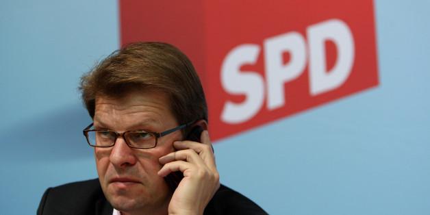 Der SPD-Vize übt scharfe Kritik am Inneminister