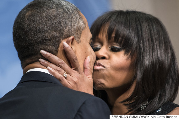 obama michelle barack kiss