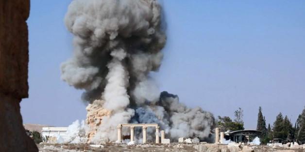 Ein Angriff auf die syrische Stadt Palmyra, bei dem mutmaßlich Kämpfer des Islamischen Staats Tempelanlagen zerstören