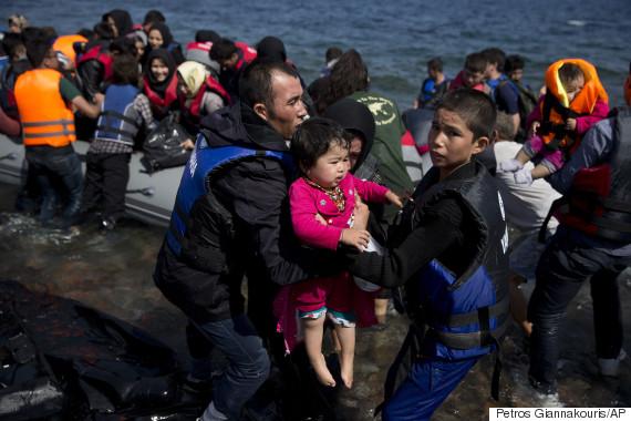 migrants boat lesbos