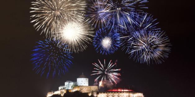 Das Vorsilvester-Feuerwerk über der Festung von Kufstein
