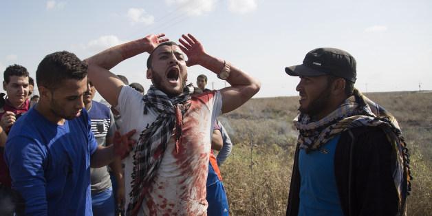 Φωτογραφία από τις συγκρούσεις Παλαιστινιων με ισραηλινούς στρατιώτες την Πέμπτη 9 Οκτωβρίου 2015