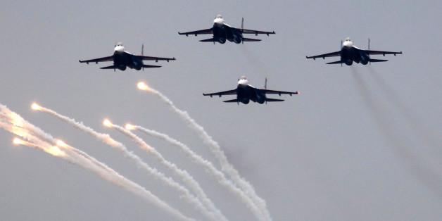Fluglinie in Sorge: Russische Raketen könnten Passagierjets treffen
