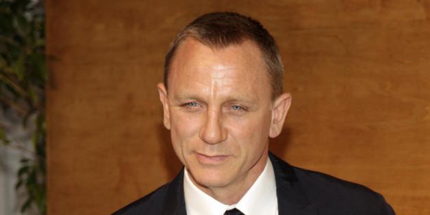 """""""Haltet euch im echten Leben von Bond fern"""""""
