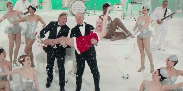 """George Clooney und Bill Murray tragen Miley Cyrus Im Trailer zu """"A Very Murray Christmas"""" auf Händen"""