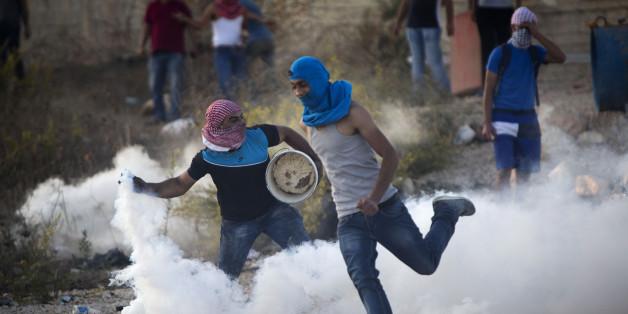 Des jeunes Palestiniens en colère