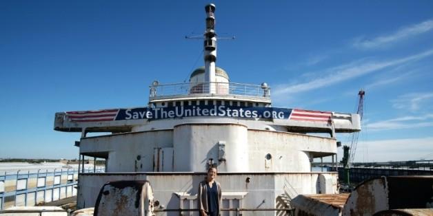 Le paquebot United States amarré au quai du port de Philadelphie le 10 octobre 2015