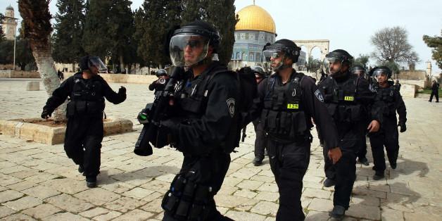 La police israélienne s'attaque à un jeune Palestinien agonisant