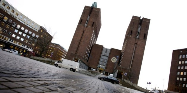 Photo prise le 6 décembre 2007 de la mairie d'Oslo