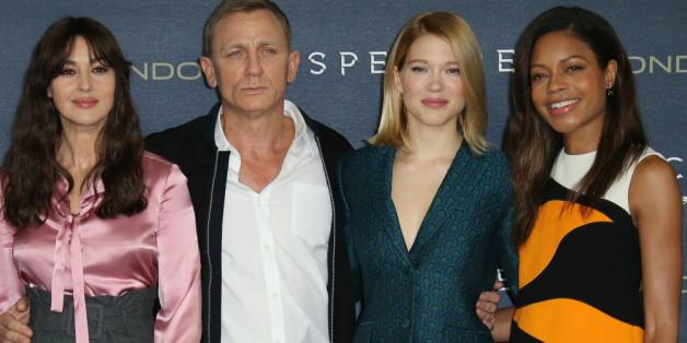 """Daniel Craig alias James Bond mit seinen neuen """"Bond-Women"""""""
