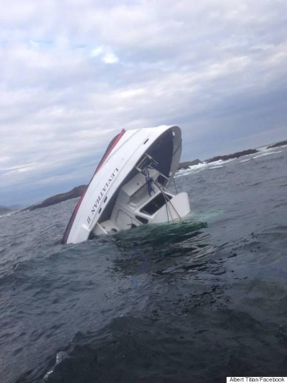 tofino boat sinks