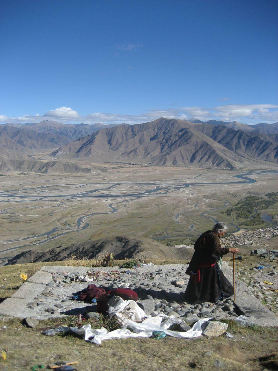 sky burial tibet