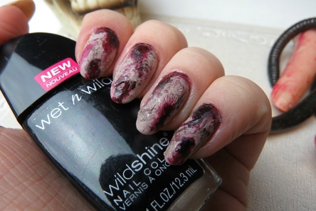 zombie nail art - ManiMonday: Easy Zombie Nail Art For Halloween