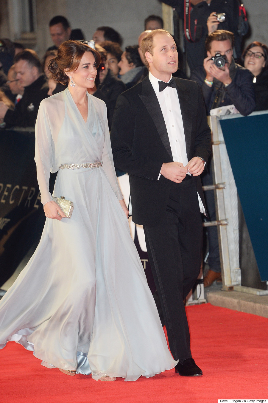 Kate Middleton Stuns In Blue Gown At James Bond \'Spectre\' Premiere ...