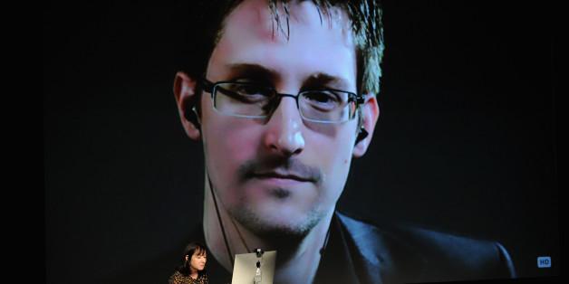 Whistleblower Edward Snowden bei einem Videointerview im Oktober 2014.