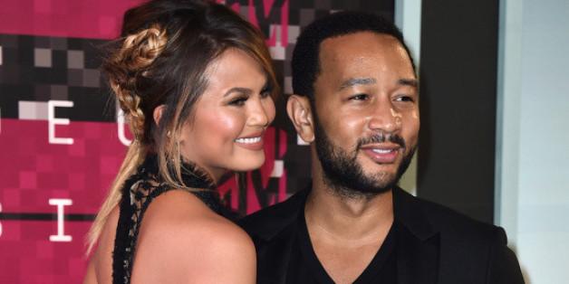 Chrissy Teigen und John Legend auf den MTV Video Music Awards im August