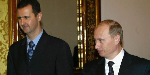 Baschar al-Assad (l.) und Wladimir Putin (r.) bei einem Treffen in Moskau.