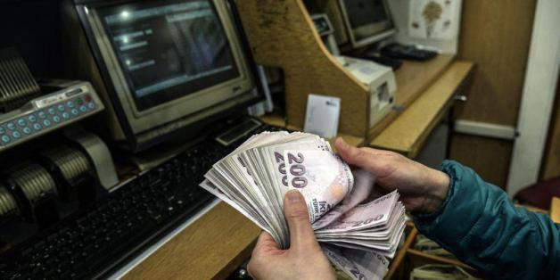 La livre turque revient sur le dollar suite à la victoire d'Erdogan
