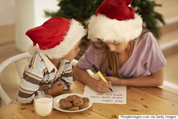 Royal mail reminds parents letters to father christmas need to be letters to santa spiritdancerdesigns Images