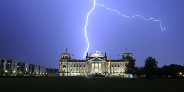 (GERMANY OUT) Germany Berlin Mitte - thunderstorm, Reichstag struck by lightning  (Photo by Heerde/ullstein bild via Getty Images)