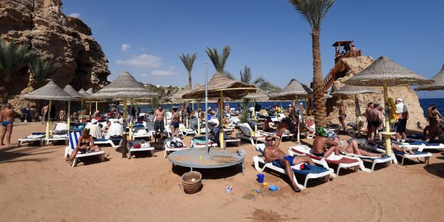 Pourquoi l'Egypte écarte la thèse de l'attentat à la bombe pour expliquer le crash dans le Sinaï