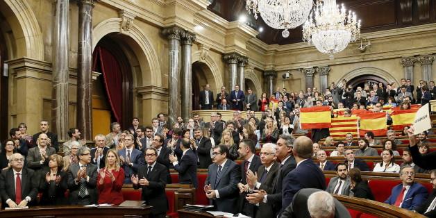 La Catalogne a enclenché le processus qui peut mener à son indépendance