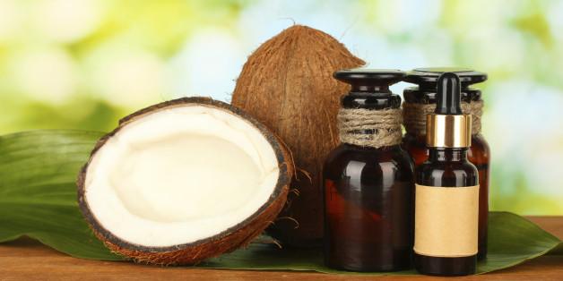 Kokusnussöl ist ein Multitalent und gut für Haut und Körper.