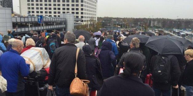 London Gatwick Flughafen evakuiert