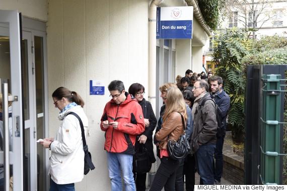 paris queue blood