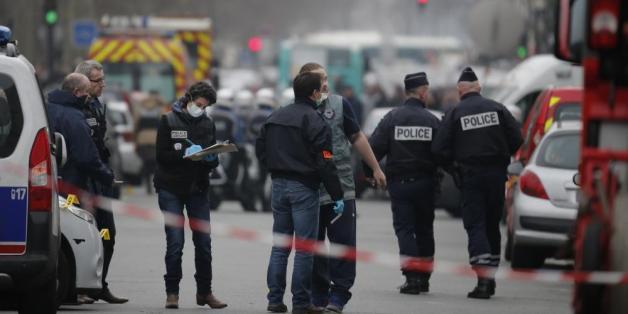 Attentats de Paris: deux nouveaux kamikazes identifiés