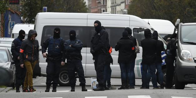 Salah Abdeslam, suspect des attentats de Paris en fuite, interpellé à Molenbeek en Belgique