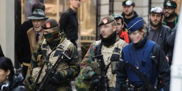 Policiers et militaires déployés le 20 novembre 2015 à Bruxelles