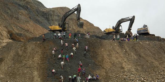 2015년 6월 미얀마 북부 카친주에 있는 옥 광산